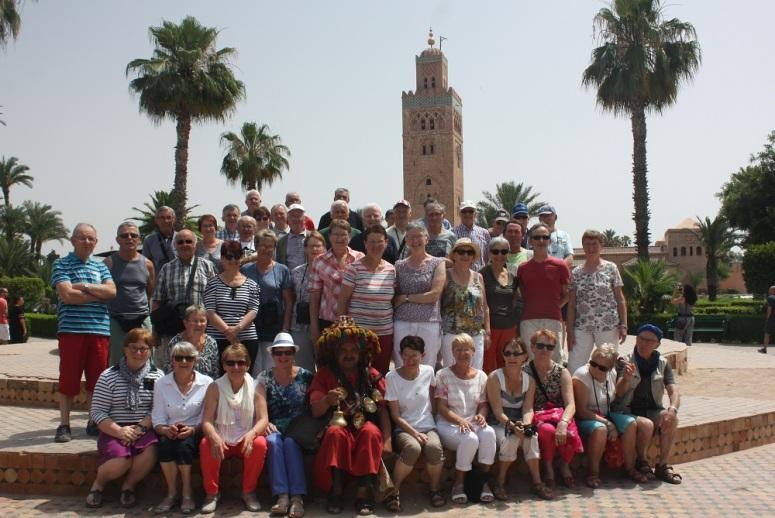 Le groupe, la semaine dernière, devant la Koutoubia à Marrakech.